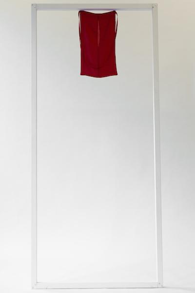 Alya Hessy, Red and Empty, 2015